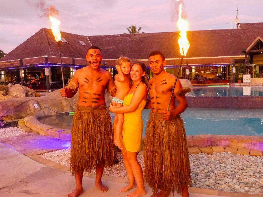 Fiji Bula met kinderen en gezin