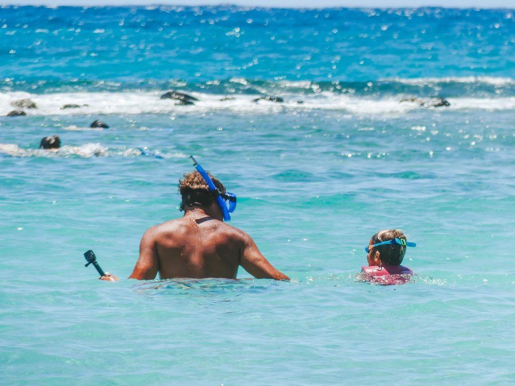 Hawaii snorkelen met kinderen en gezin