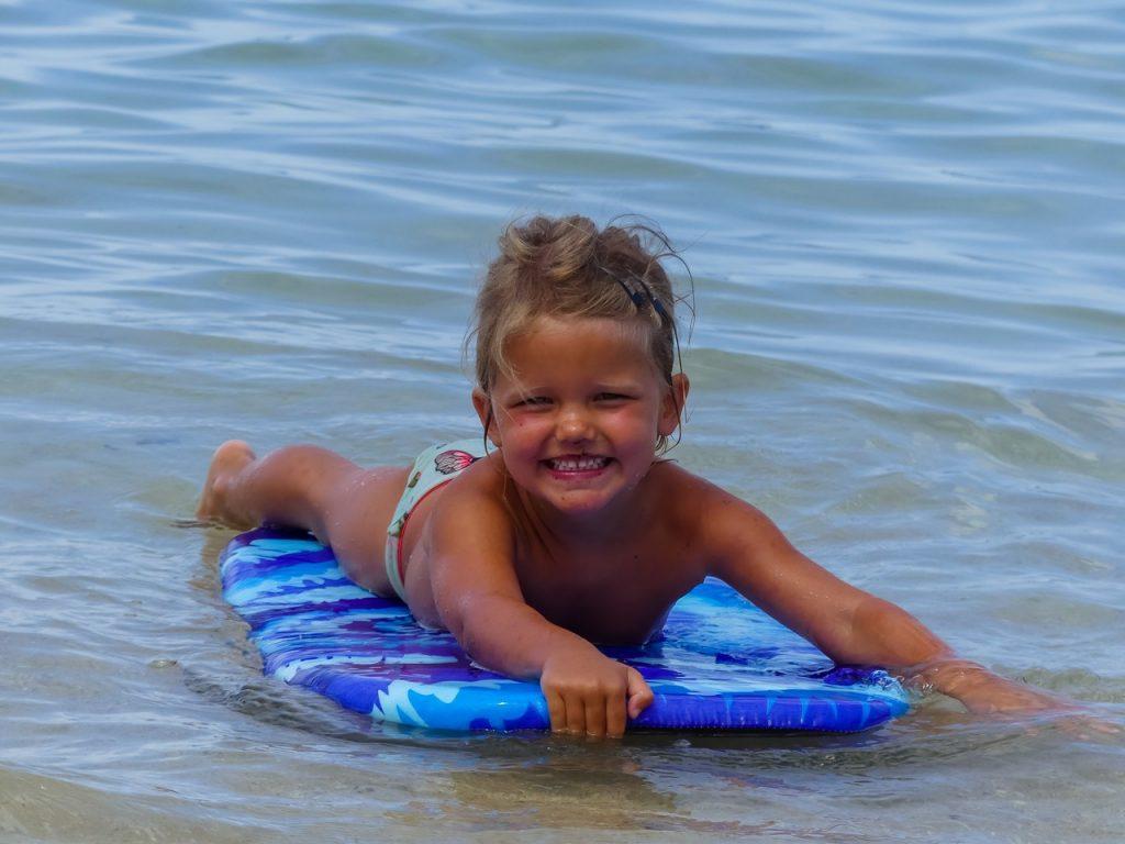 Hawaii surfen honolulu met gezin