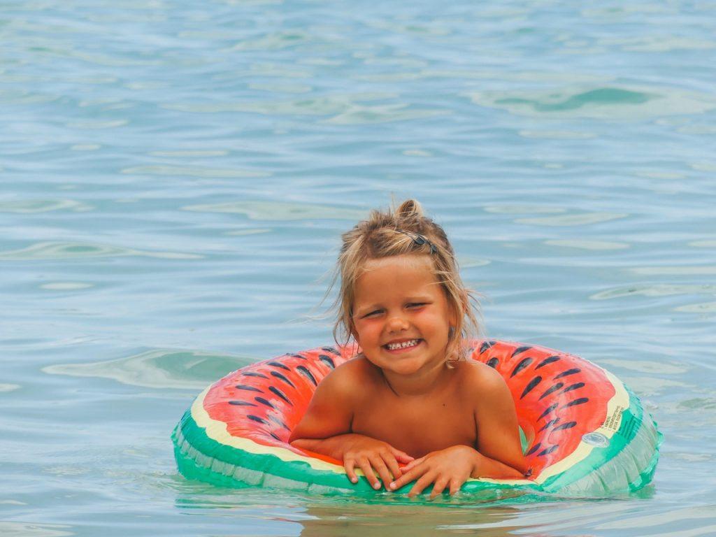 Waikiki beach met kinderen