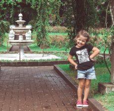 Park Nuwara Eliya Sri Lanka met kind